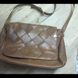 Ellen Tracy tan woven leather shoulder bag